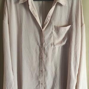 NWOT Light peach blouse size Large Pocket Buttons